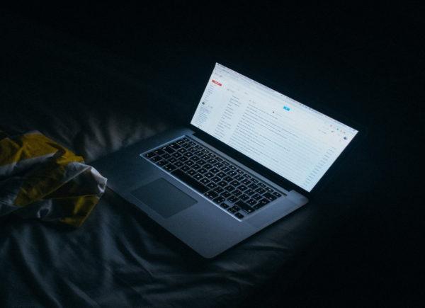 Kyberšikana, jak ji poznám a jak mohu dětem pomoct ji zvládnout